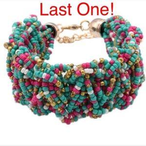 🌸 Lovely beaded braided multi color bracelet